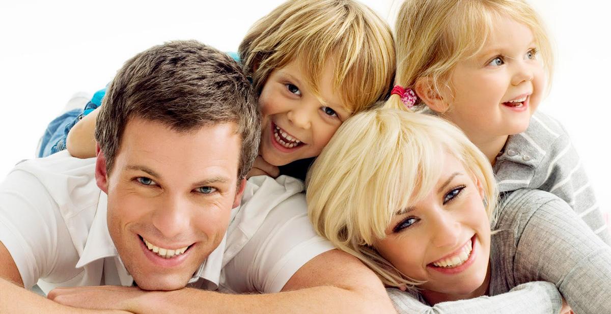 ...împreună cu familia...