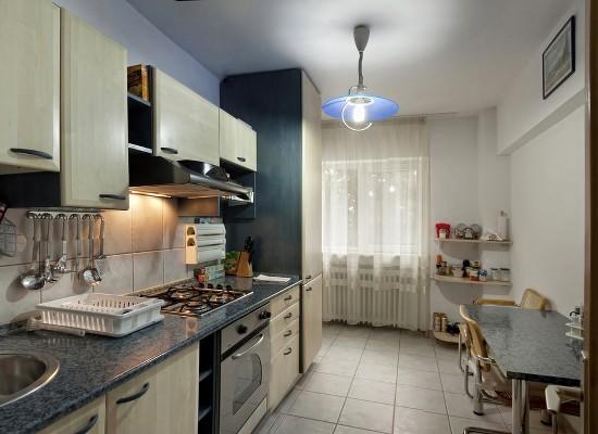 Apartamento cuatro habitaciones área Dorobanti Bucarest, Rumania - BELLER 10 - Imagen 1