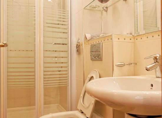 Apartamento tres habitaciones área Romana Bucarest, Rumania - CASATA 1 - Imagen 2