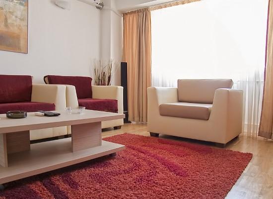 Apartamento tres habitaciones área Unirii Bucarest, Rumania - OPTINOVA - Imagen 2